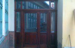 Bejárati ajtó odal és felülvilágítóval